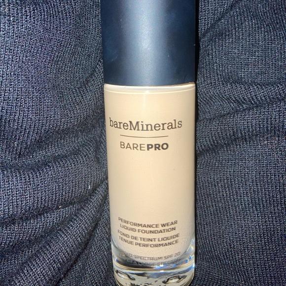 Bare minerals BarePro liquid foundation